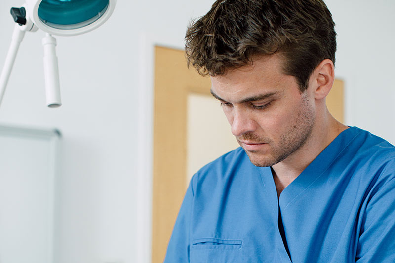Unfallchirurgie mit Dr. Lukas Hold im medsyn
