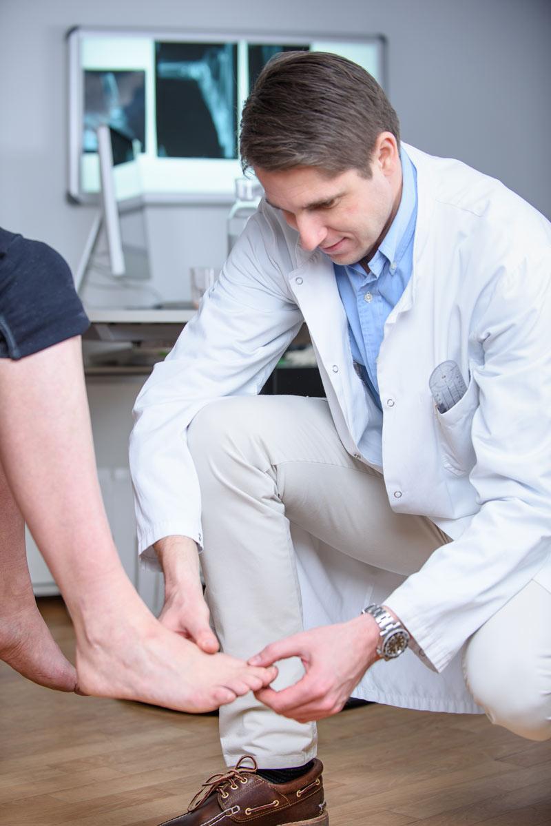 Dr. Reinhard Schuh behandelt Erkrankungen des Fußes