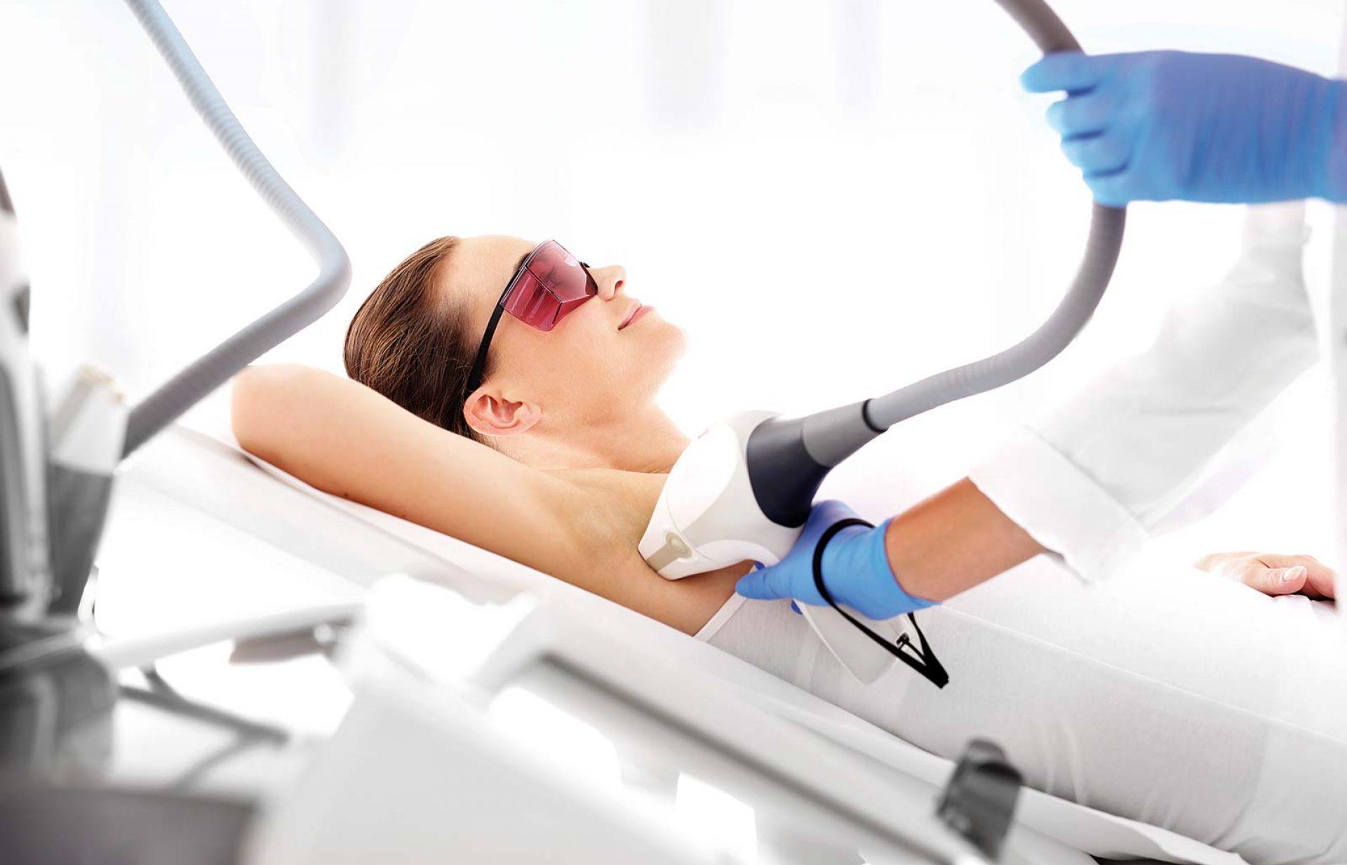 Medizinische Laser-Haarentfernung im medsyn Zentrum für Haut- und Venenerkrankungen