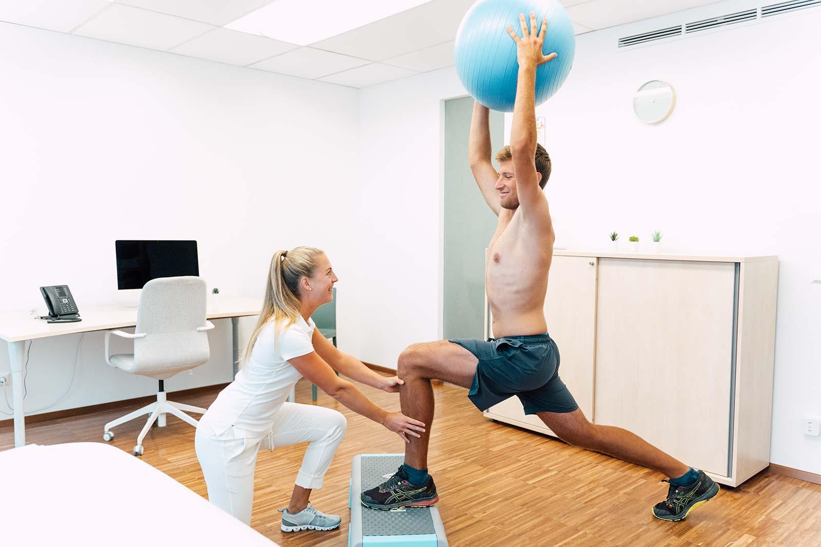 Sportartspezifische Therapie und Training im medsyn mit Livia Tasch, BSc.