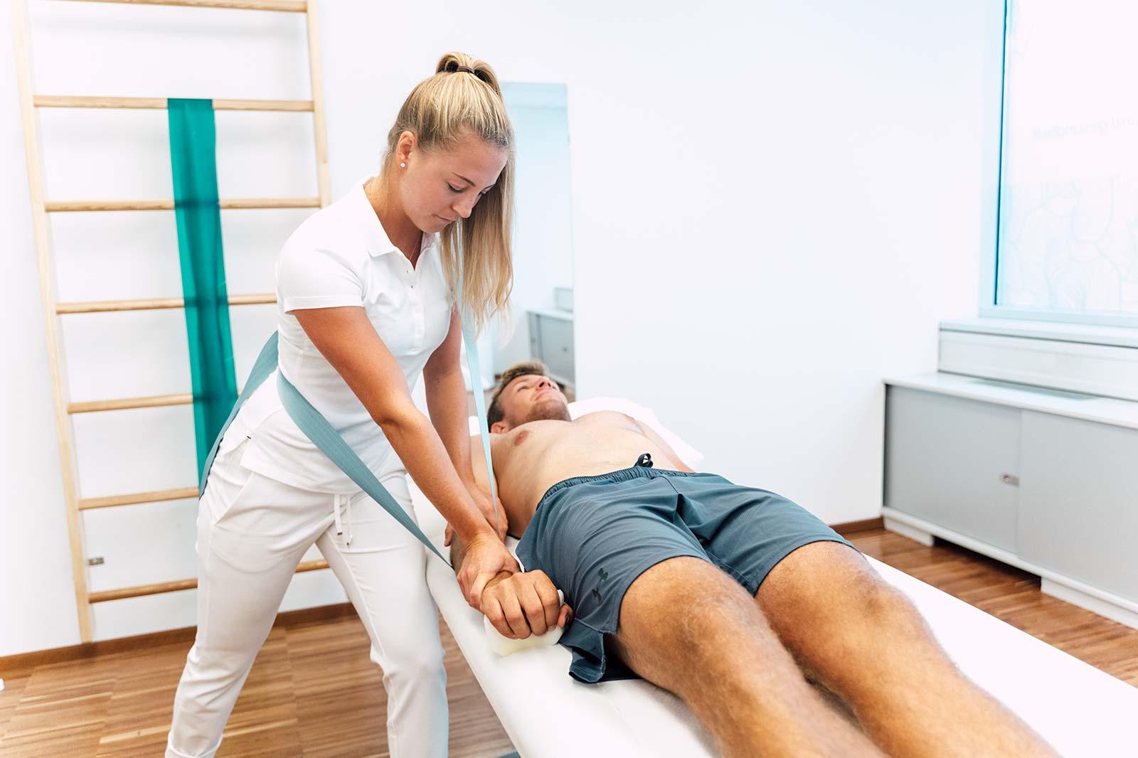Physiotherapie mit Livia Tasch, BSc. im medsyn Wien