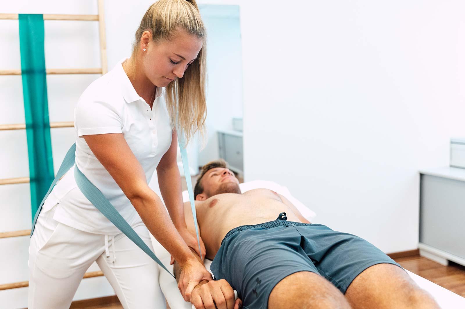 Livia Tasch, Sportartspezifische Therapie und Training im medsyn Wien